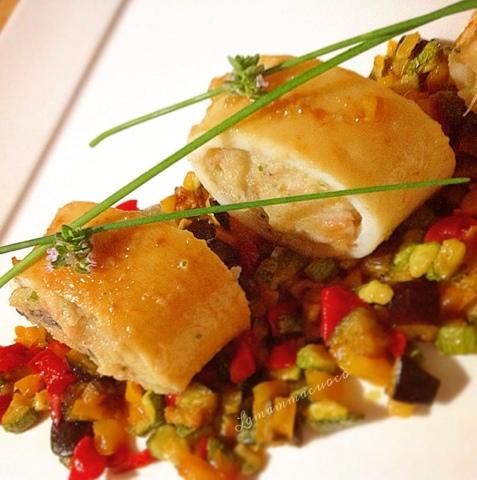Calamari ripieni con dadolata di peperoni, melenzane e zucchine