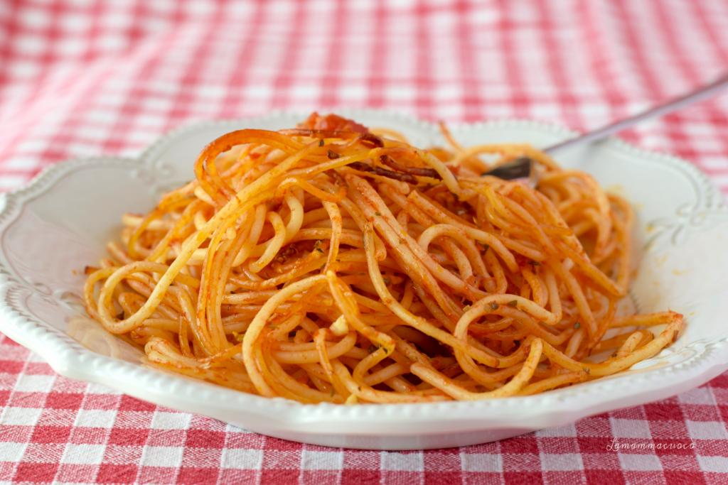Ricetta veloce spaghetti al pomodoro al forno