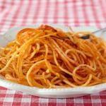 Gli spaghetti alla pizzaiola – Spaghetti croccanti