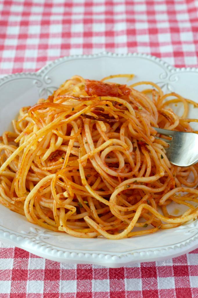 Spaghetti croccanti al forno