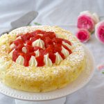 Torta cesto di fragole – fluffosa con crema diplomatica